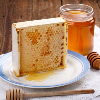 Соты медовые в рамке бол. 400